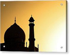 Taj Mahal At Sunset Acrylic Print by Kokkai Ng