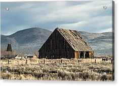 The Old Barn At The Edge Of Town Acrylic Print