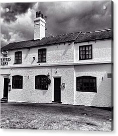 The Weavers Arms, Fillongley Acrylic Print by John Edwards