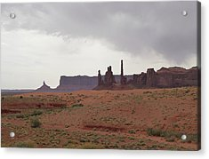 Totem Pole, Monument Valley Acrylic Print by Gordon Beck