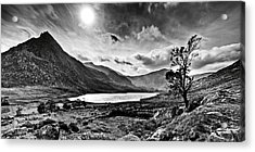 Acrylic Print featuring the photograph Tryfan And Llyn Ogwen by Beverly Cash