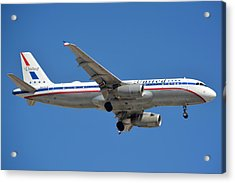 United Airlines Airbus A320 Friend Ship N475ua Sky Harbor March 24 2015 Acrylic Print by Brian Lockett