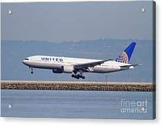 United Airlines Jet Airplane . 7d11794 Acrylic Print by Wingsdomain Art and Photography