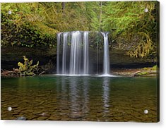 Upper Butte Creek Falls In Fall Season Acrylic Print by David Gn