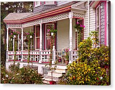 Victorian - Belvidere Nj - The Beauty Of Spring  Acrylic Print by Mike Savad