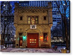 Vintage Chicago Firehouse With Xmas Lights And W Flag Acrylic Print