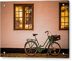 Acrylic Print featuring the photograph Waiting At The Light by Odd Jeppesen