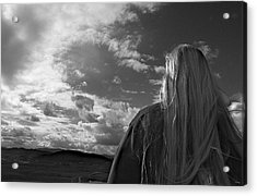 Watching As The World Goes By Acrylic Print by Glenn McCarthy