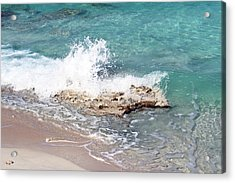 Gentle Wave In Bimini Acrylic Print