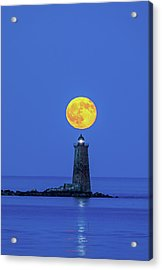 Acrylic Print featuring the photograph Whaleback Light by Juergen Roth