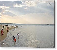 Wilmette Beach Labor Day 2009 Acrylic Print by John Hansen