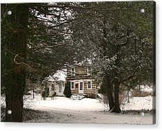 Winter Cottage Acrylic Print by Gordon Beck