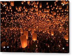 Yee Peng Festival In Thailand Acrylic Print by Sanchai Loongroong
