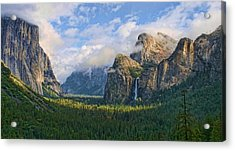 Yosemite Tunnel View Acrylic Print by Tom Kidd