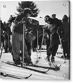 New England Skiing Acrylic Print by Slim Aarons