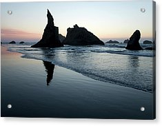 Acrylic Print featuring the photograph Bandon By The Sea 102018 by Rospotte Photography