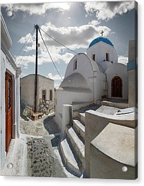 Church And Souvenir Stand In Santorini Acrylic Print by Ed Freeman
