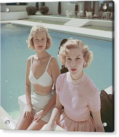 Connelly And Guest Acrylic Print by Slim Aarons
