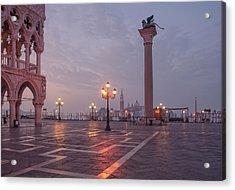 Deserted Piazza San Marco Before Sunrise Acrylic Print by Tu Xa Ha Noi