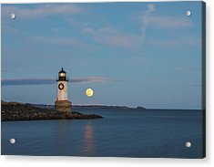 Acrylic Print featuring the photograph Full Moon Rising At Fort Pickering Light by Juergen Roth