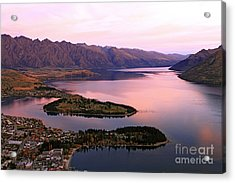 Lake Wakaitipu At Queentowns At Dusk Acrylic Print