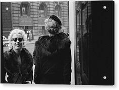Marilyn In New York Acrylic Print by Michael Ochs Archives