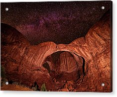 Acrylic Print featuring the photograph Milky Way Over Double Arch by Andy Crawford