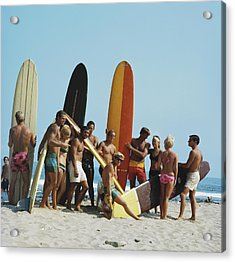 People On Beach With Surf Board Acrylic Print by Tom Kelley Archive