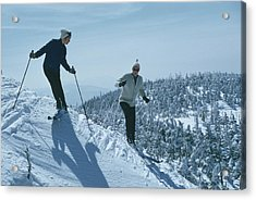 Skiers At Sugarbush Acrylic Print by Slim Aarons