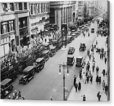 Traffic On Fifth Avenue In 1923 Acrylic Print by New York Daily News Archive