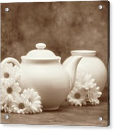 Teapot With Daisies I Acrylic Print by Tom Mc Nemar