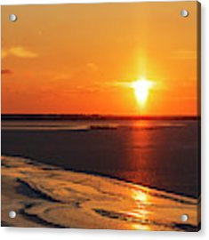 Sun Pillar 02 Acrylic Print by Rob Graham