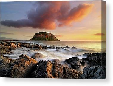 Maria Island Canvas Prints