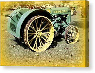 John Deere Model D Vintage Tractor Found In North Carolina Old Rusty Canvas Prints