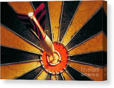 Bulls Eye Canvas Prints