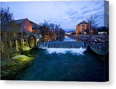 Gatlinburg Tennessee Digital Art Canvas Prints