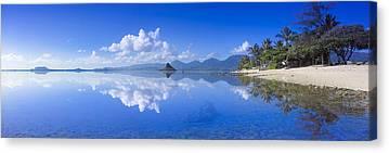 Ocean Panorama Canvas Prints