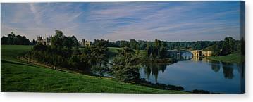 Palace Bridge Canvas Prints