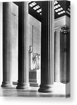 Lincoln Memorial Canvas Prints