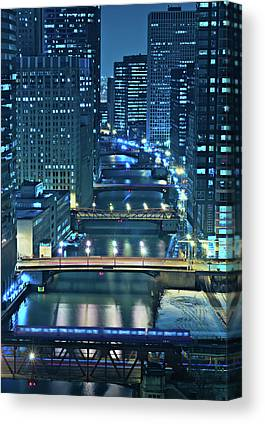 Chicago River Canvas Prints