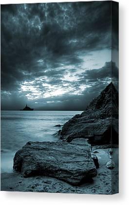 Ocean Waves Canvas Prints