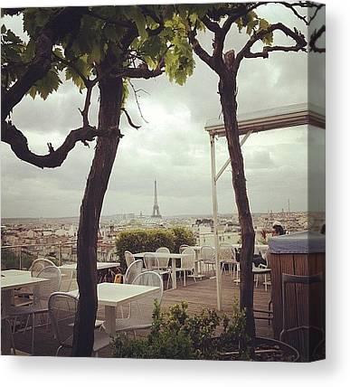 Paris Skyline Canvas Prints
