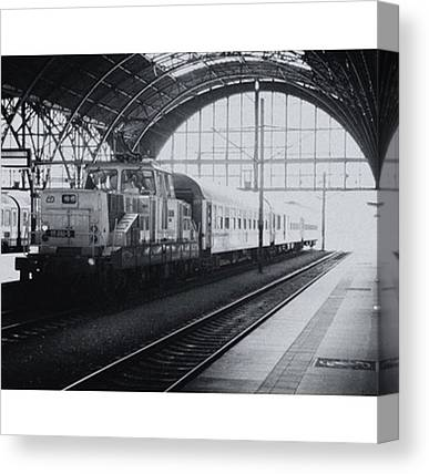 Trainspotting Canvas Prints