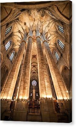 Basilica Of Santa Maria Del Mar In Barcelona Canvas Print by Artur Bogacki