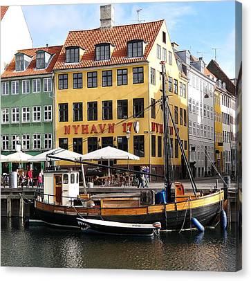 Boat In Nyhavn Canvas Print by Richard Rosenshein
