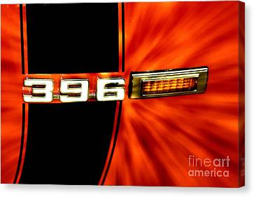 Fast And Loud Canvas Print by Benanne Stiens