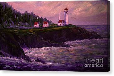 Heceta Head Lighthouse At Dawn's Early Light Canvas Print by Glenna McRae