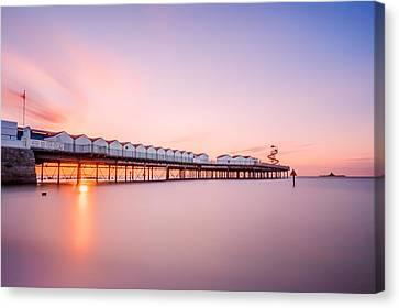 Herne Bay Pier At Sunset Canvas Print by Ian Hufton