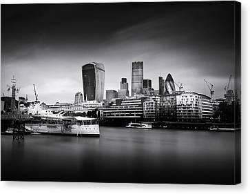 London Skyline  Cityscape Canvas Print by Ian Hufton