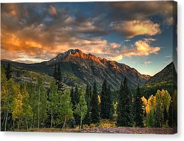 North Twilight Peak Canvas Print by Ken Smith